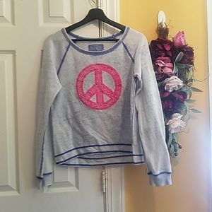 Pink and blue piece sign long sleeve shirt